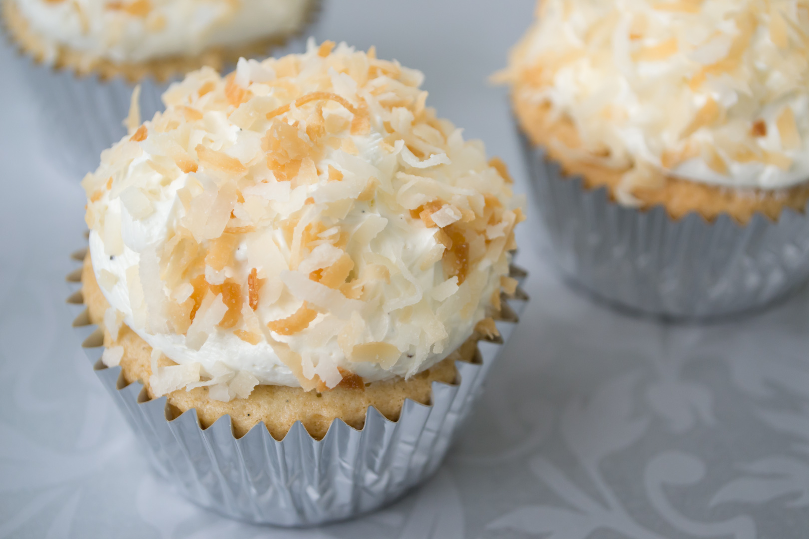 Swiss Meringue Buttercream | The Catalyst: Cupcakes